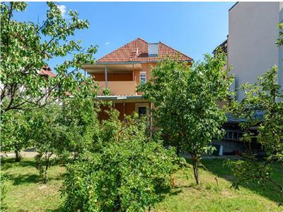 Royal Imobiliare- vanzare vila stil neoromanesc