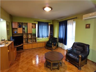 Royal Imobiliare -  Inchiriere Apartament 3 camere zona Ultracentrala