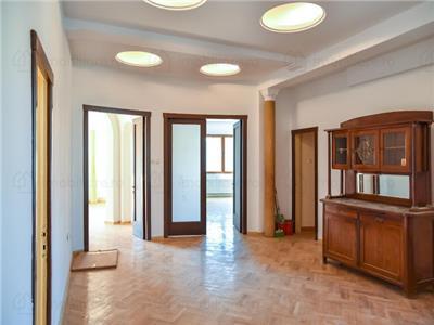 Royal Imobiliare - Vanzare Spatiu de birouri zona Ultracentrala