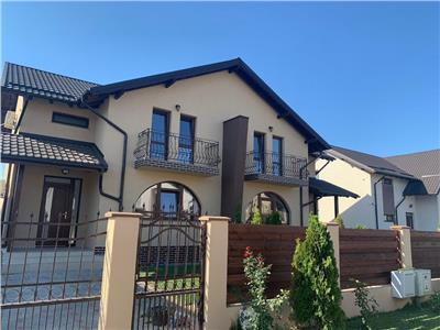 Royal Imobiliare- Vanzare vila duplex zona Albert
