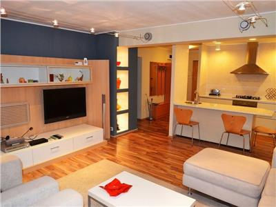 Royal Imobiliare -  Apartament 3 camere zona Democratiei