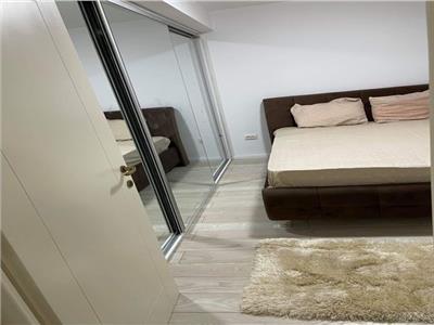 Royal Imobiliare    2 camere bloc 2019 zona Republicii