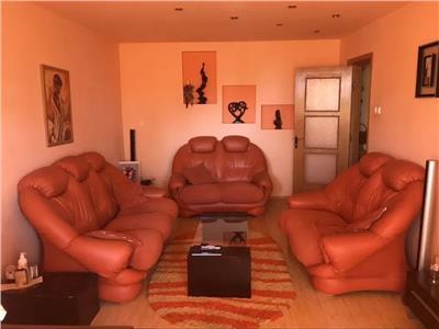 Royal Imobiliare - vanzari apartamente 4 camere zona Vest