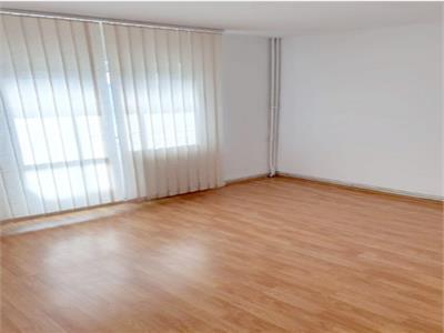 Royal Imobiliare - vanzari 3 camere zona Cantacuzino