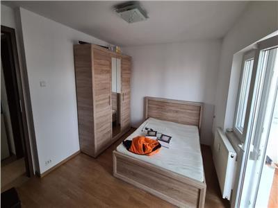 Royal Imobiliare    Apartament 3 camere zona Democratiei