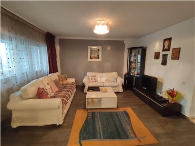 Royal Imobiliare - vanzari apartament 4 camere, zona Ultracentral