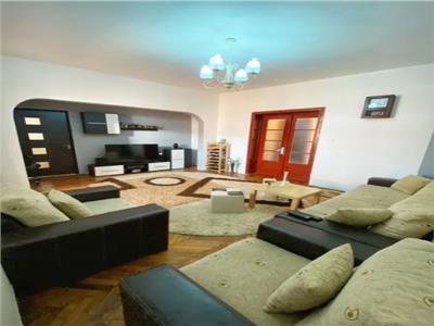 Royal Imobiliare - Vanzare apartament in Vila zona Ultracentrala