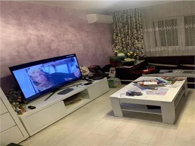 Royal Imobiliare - Vanzare 3 camere zona Paltinis
