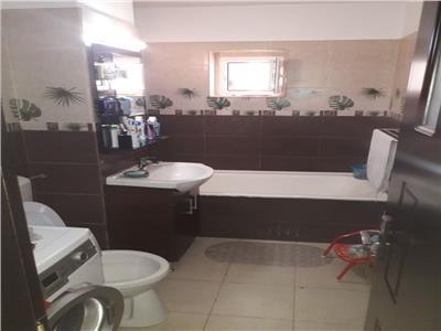 Royal Imobiliare   Vanzare Apartament zona 9 Mai