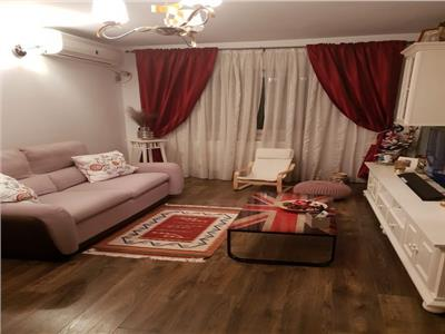 Royal Imobiliare- Vanzare Apartament zona Paltinis