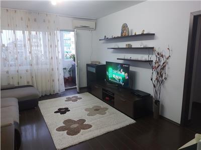 Royal Imobiliare - Vanzare Apartament zona Polux