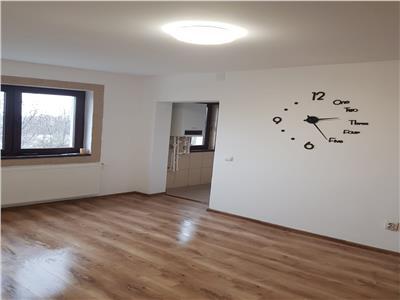 Royal Imobiliare - Vanzare Apartament zona Baraolt