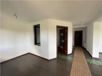 Royal Imobiliare   Vanzare Vila Duplex zona Paulesti