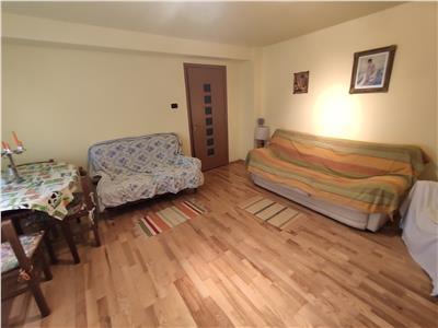 Royal Imobiliare   Vanzare Apartament zona Marasesti