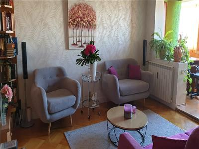 Royal Imobiliare - Vanzare Apartament zona B-dul Republicii