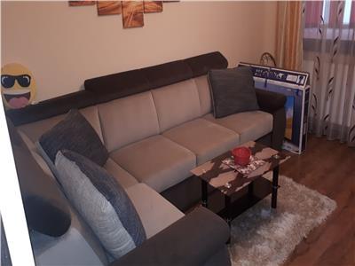 Royal Imobiliare-Inchiriere apartament 3 camere, zona Vest -Dinu