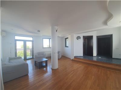 Royal Imobiliare - Vanzare apartament 3 camere
