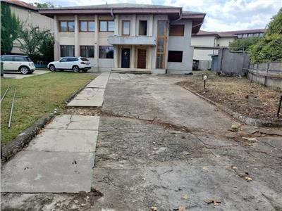 Royal Imobiliare - Inchiriere spatiu de birouri zona Centrala