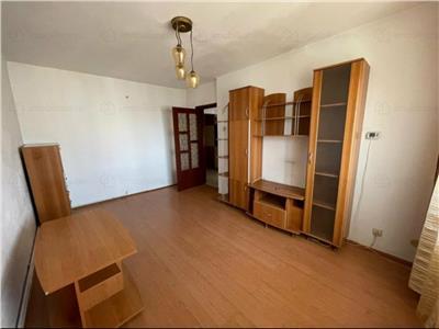 Royal Imobiliare - vanzari 3 camere, zona 9 Mai