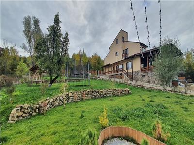 Royal Imobiliare -vanzare vila/ casa de vacanta zona CAMPINA